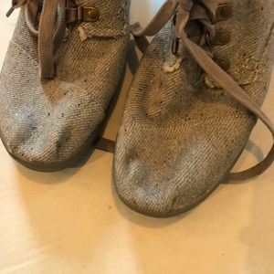 Toms Shoes - Toms shearling Booties